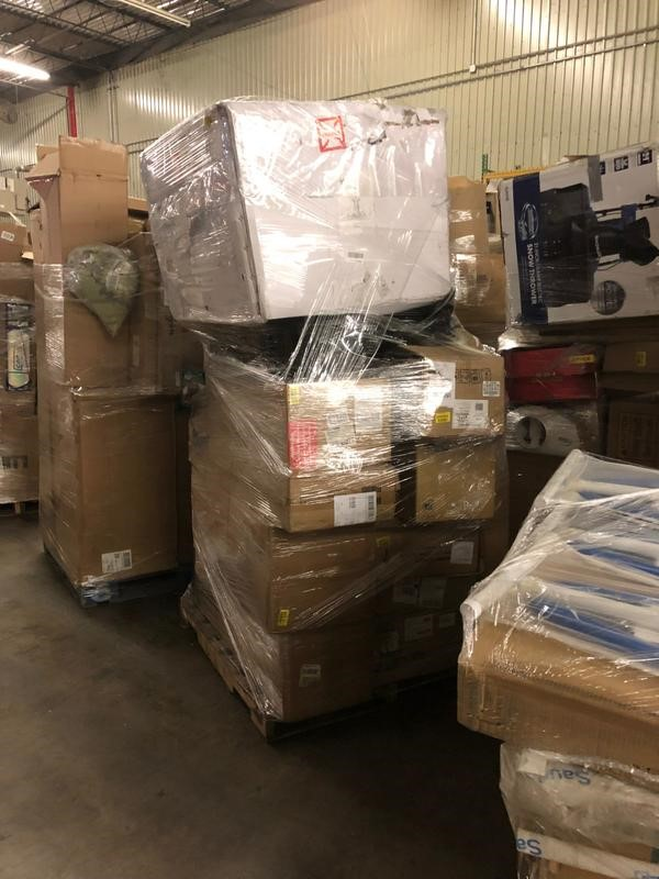 Amazon Blowout Truckloads Wholesale