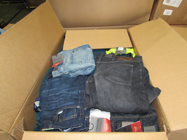 Brand New Wholesale Clothing Pallet As Low as $2.35 TGT