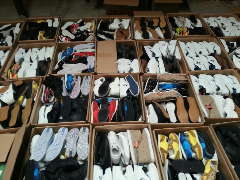 additional/1-wholesale-sneakers.jpg