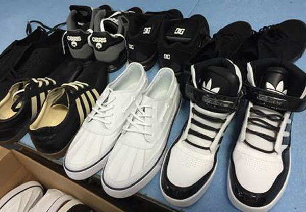 additional/Sneakers08-300A.jpg