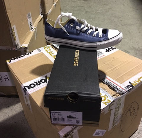 additional/WholesaleChuckTaylorConverse2.JPG