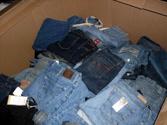 additional/WholesaleJeans02.jpg