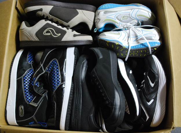 additional/wholesale-assorted-footwear.jpg